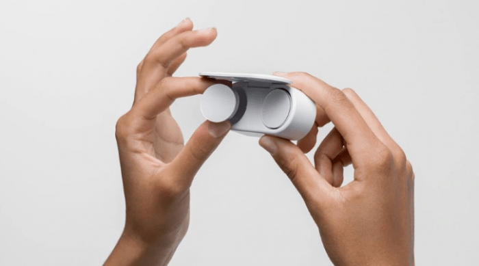 Microsoft отложиха Surface Earbuds за следващата година