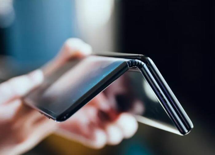 Apple с патент за сгъваемо устройство, което няма да има проблемите на Galaxy Fold